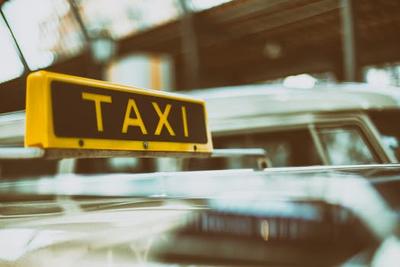 Taxi Roosendaal voor particulier en zakelijk
